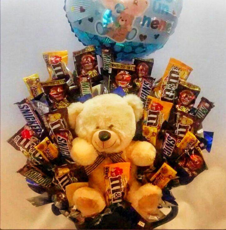 Peluche con chocolates
