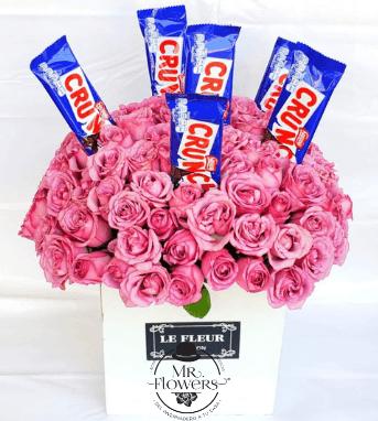 Arreglo con 75 Rosas y Chocolate Crunch