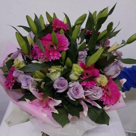 Ramo con Rosas, lilis y gerberas
