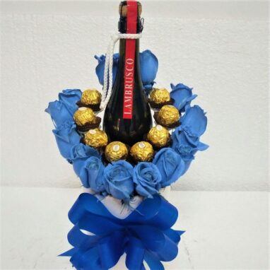 Rosas Azules con Chocolates y Vino Tinto